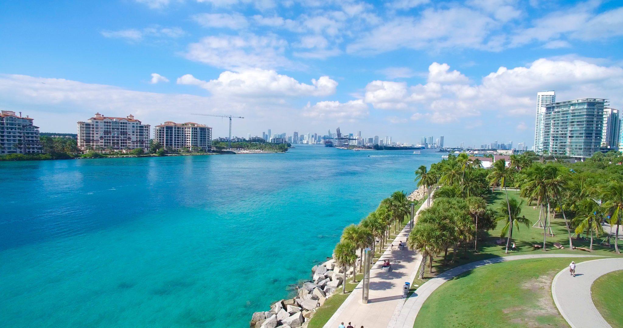 Pobiak Properties - South Beach -Murano Grande