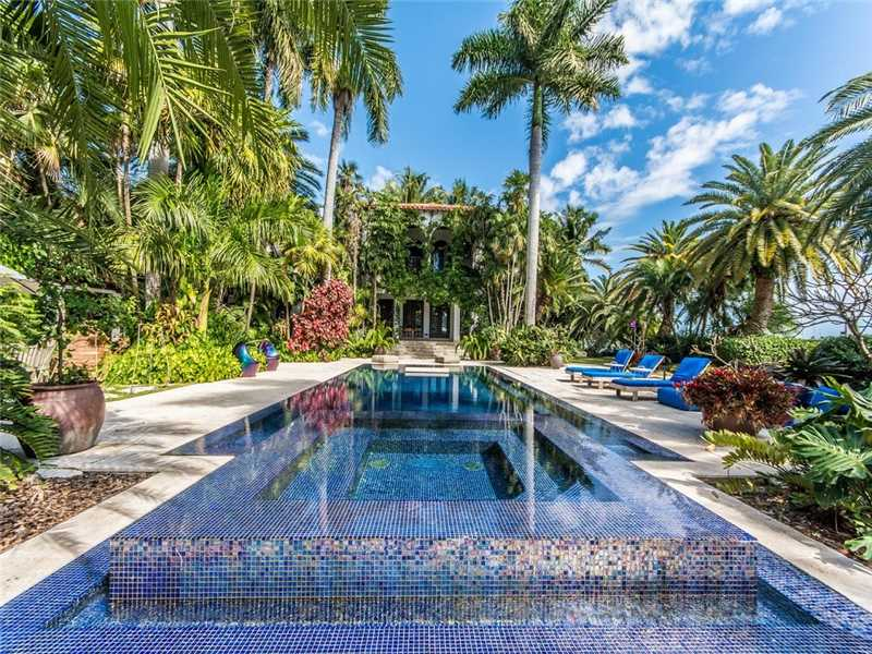beautiful homes for sale in Miami beach
