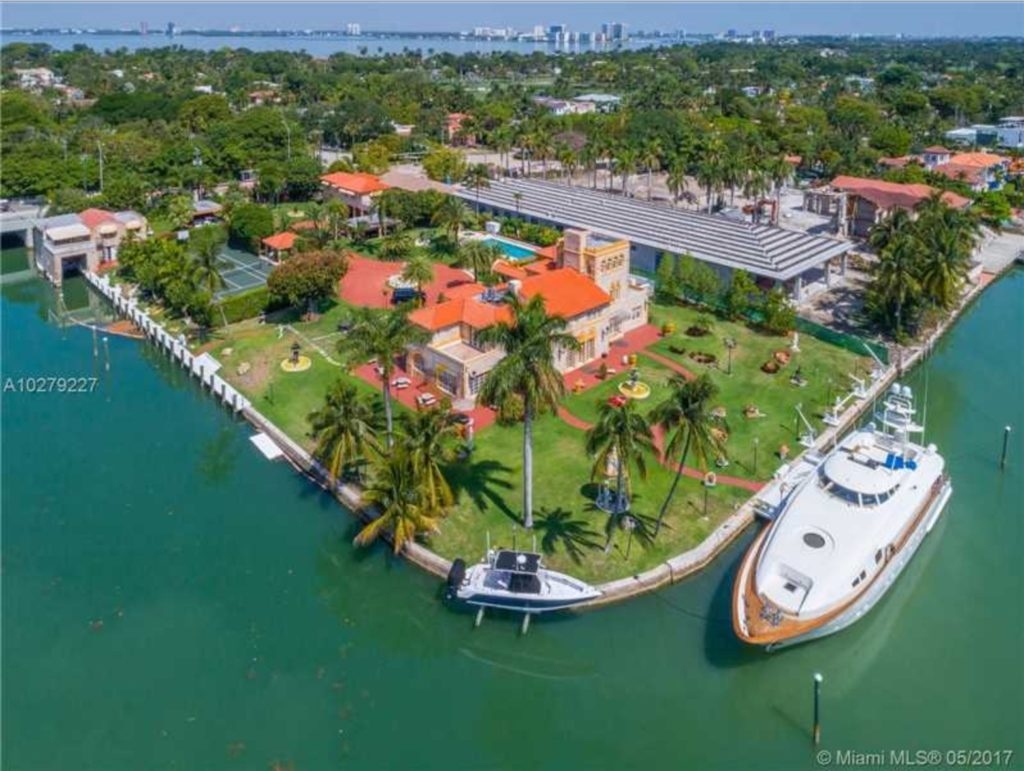 Houses For Sale in Miami Beach Waterfront View